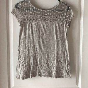 Beautiful detail T-shirt great condition